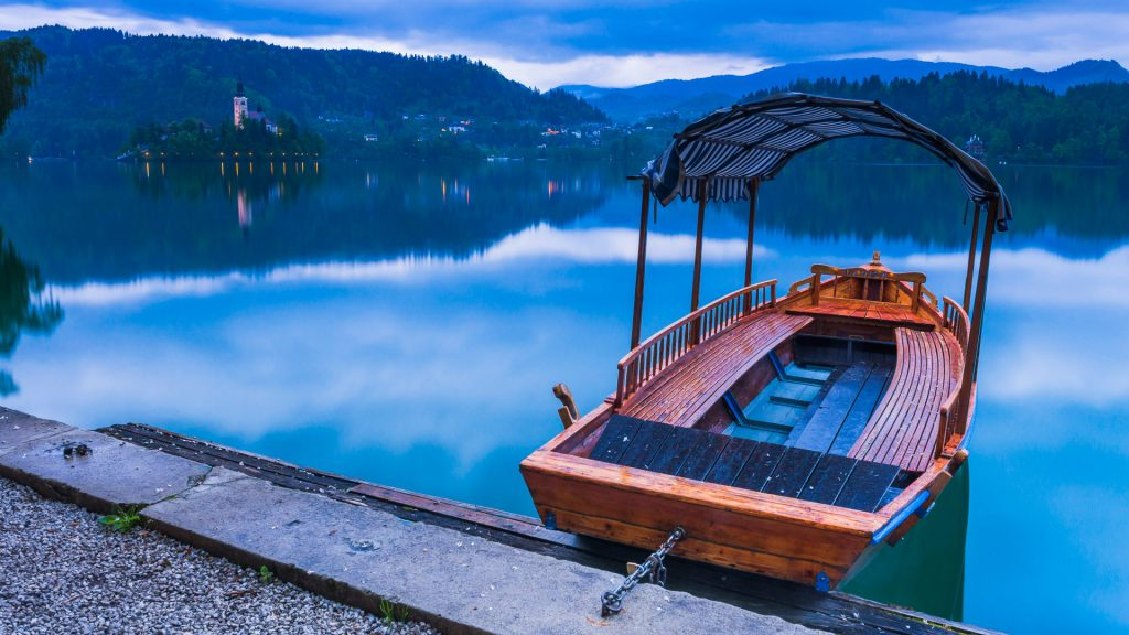 Pletna rowing boat on Lake Bled, Gorenjska, Upper Carniola Region, Slovenia