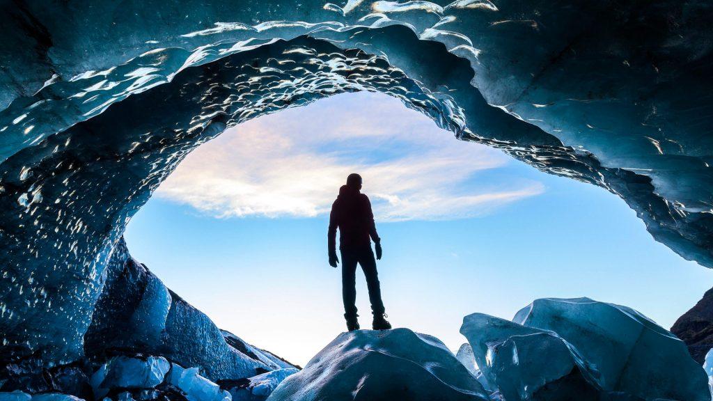 Glacial Ice Cave, Svínafellsjökull glacier, Skaftafell National Park, Iceland