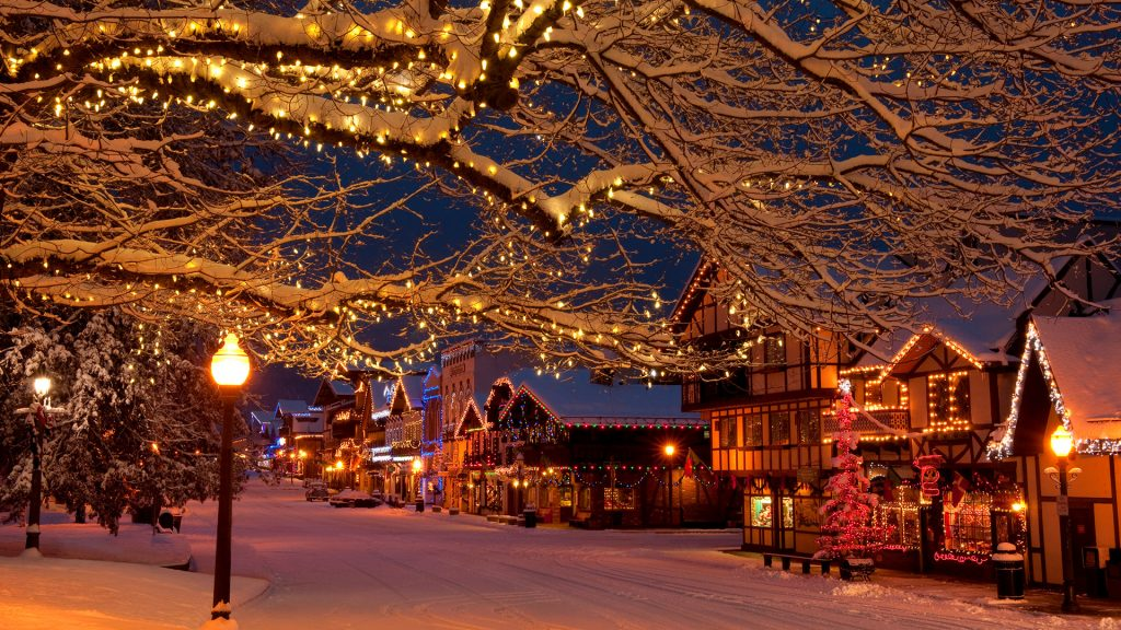 Christmas holiday lights in the Bavarian-style village of Leavenworth, Washington, USA