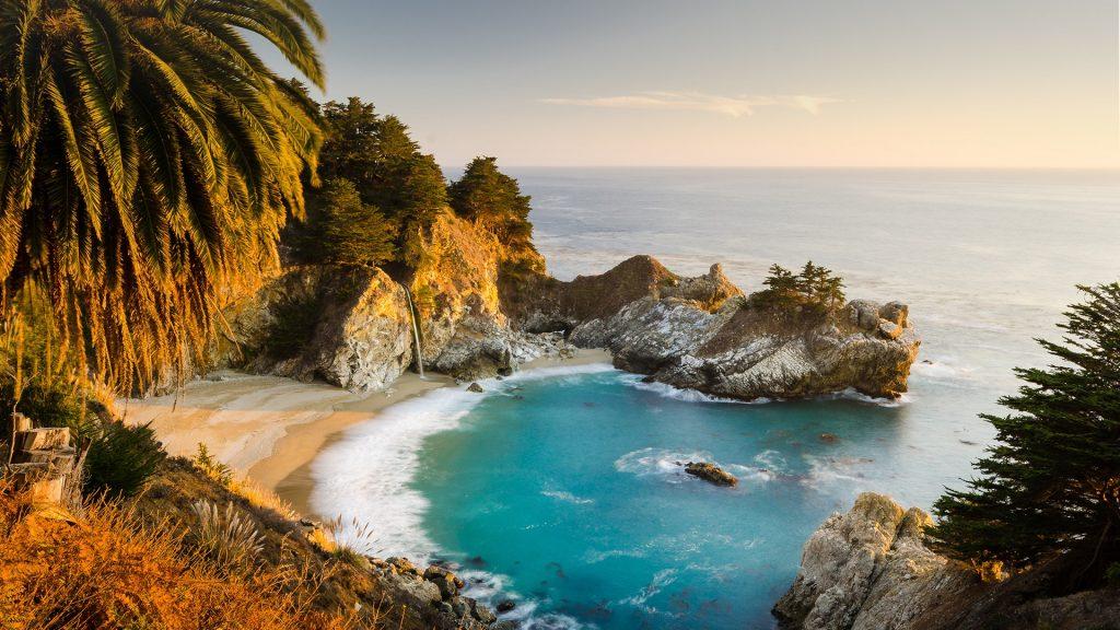 McWay Falls, Julia Pfeiffer Burns State Park, Big Sur, Monterey County, California, USA