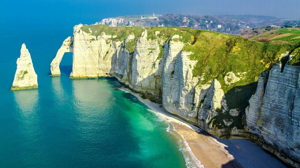 Cliff at Étretat coastline, Normandy, Seine-Maritime, France