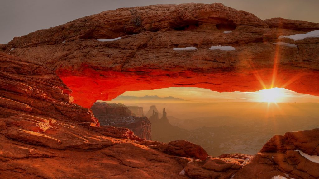 Sunrise, Mesa Arch, Canyonlands, Utah, USA