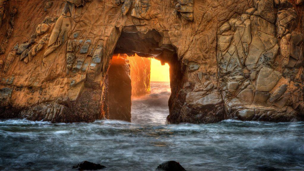 Pfeiffer Beach Keyhole, Big Sur, California, USA