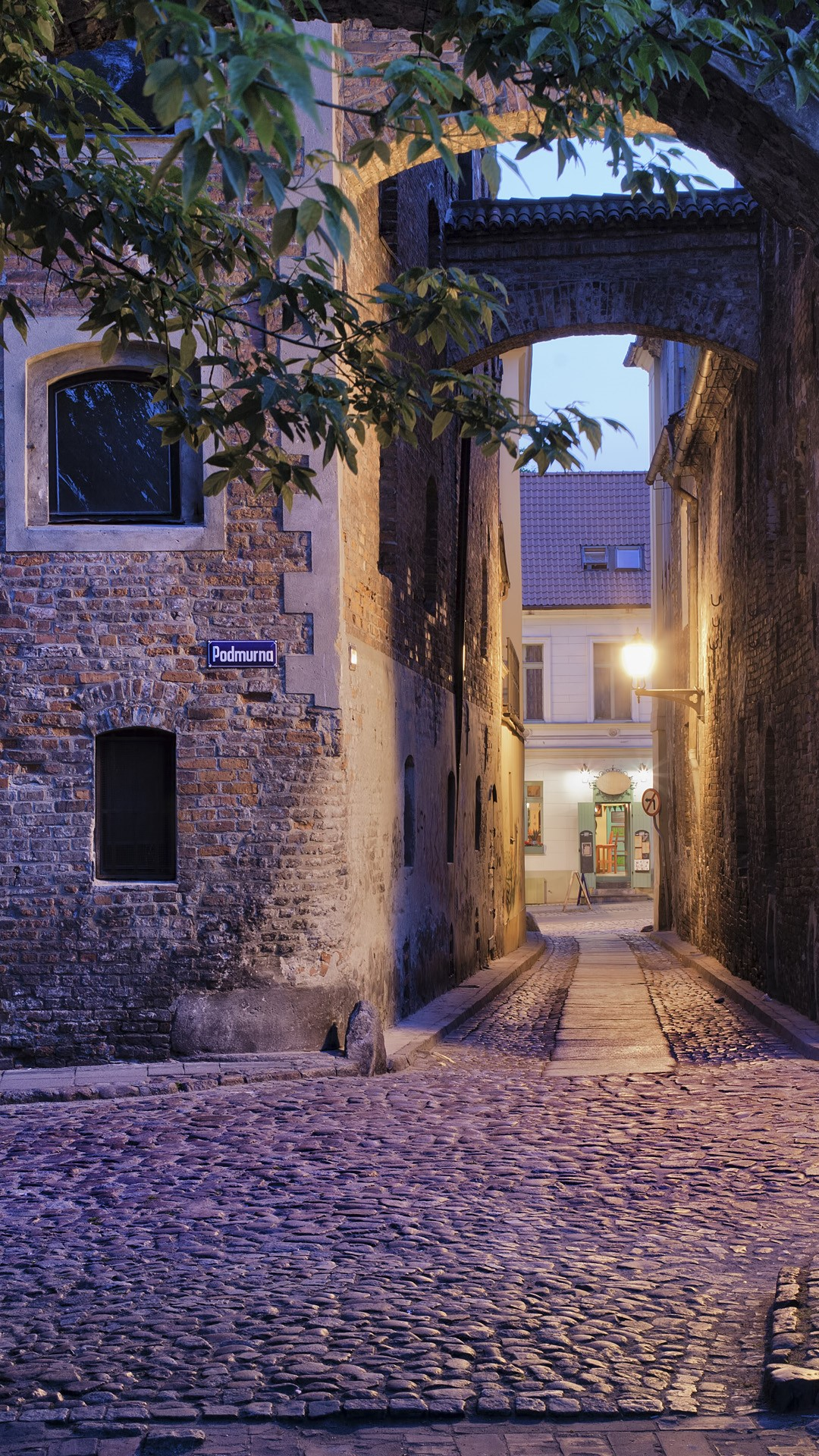Alleys of the medieval...