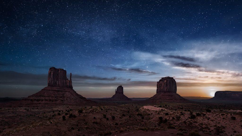Moonrise in Monument Valley, Arizona, USA
