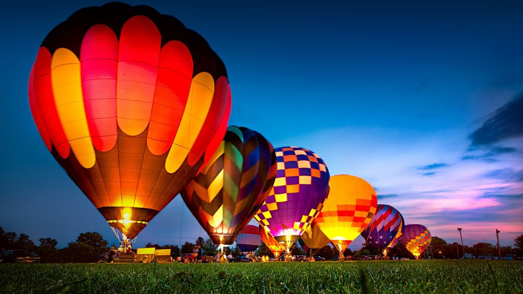 Hot Air Balloon Festival night glow, Monore, Wisconsin, USA