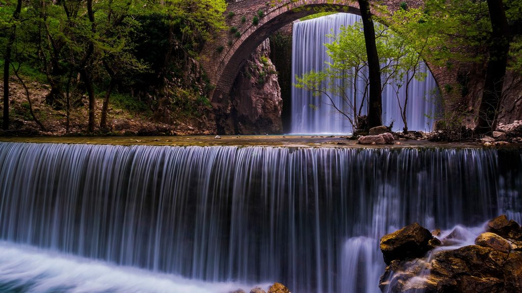 Spring feast, bridge of Palaiokarya, Trikala, Greece