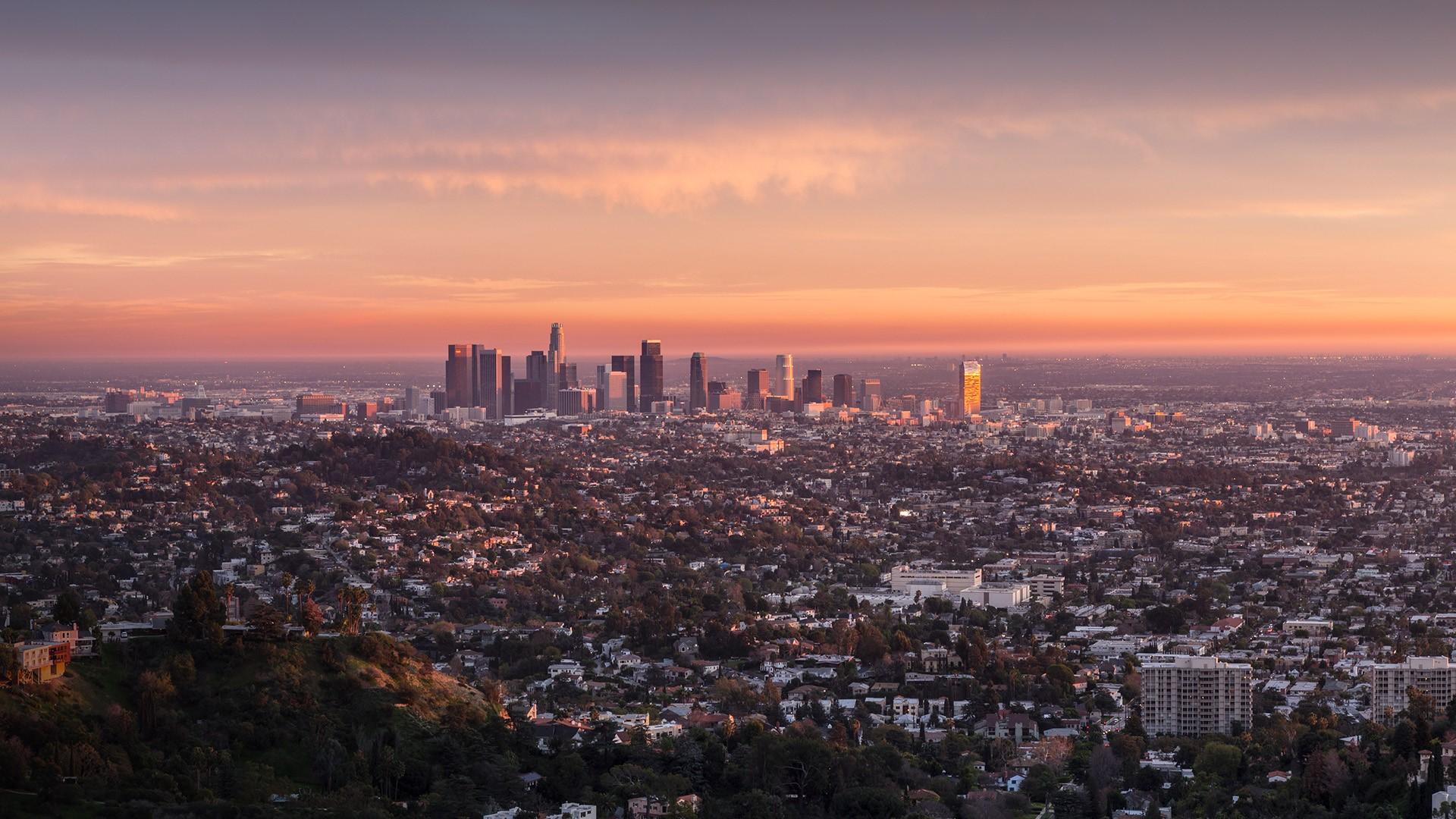 last rays of afternoon light illuminating downtown los angeles  california  usa