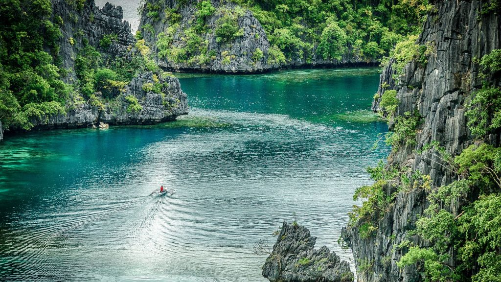 The perfect colors of nature, Coron Island, Palawan, Philippines