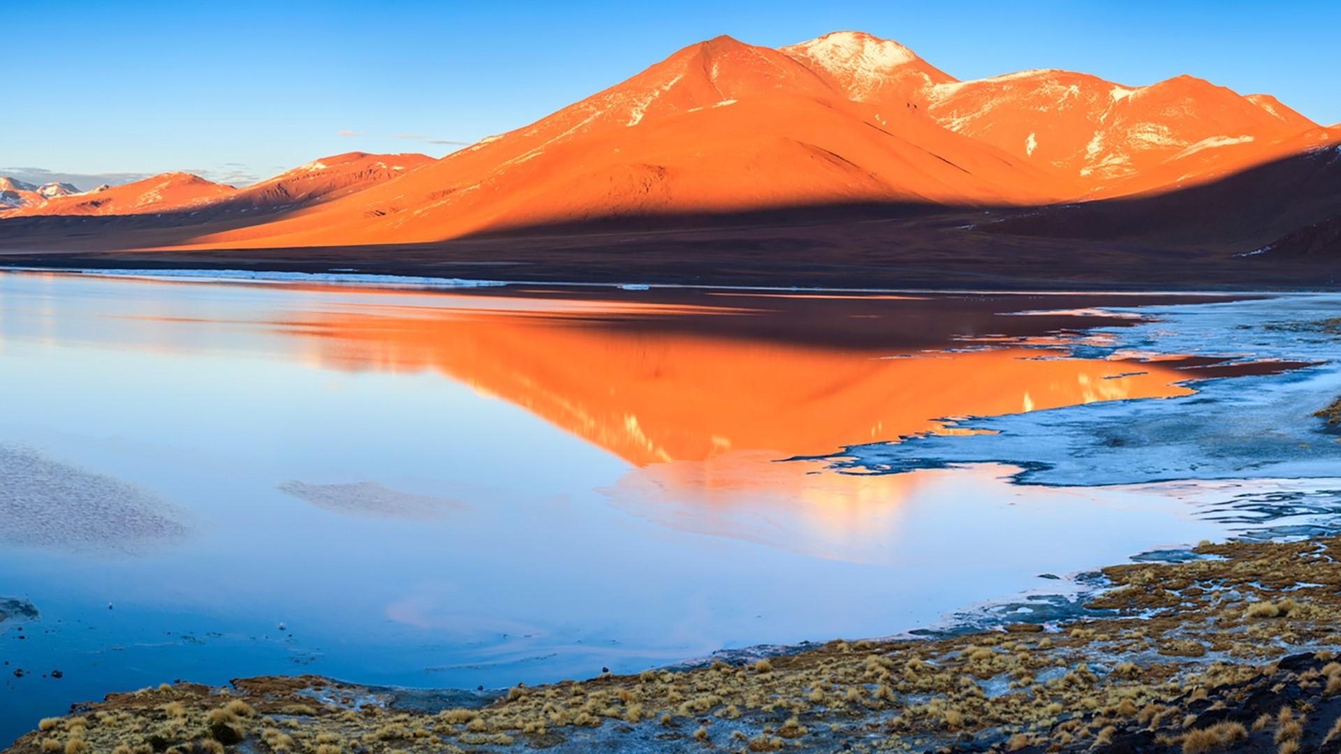 Sunrise over Laguna Colorada, Altiplano, Andes, Bolivia ...