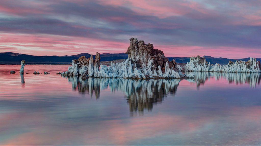Mono Lake Sunset, Mono County, California, USA