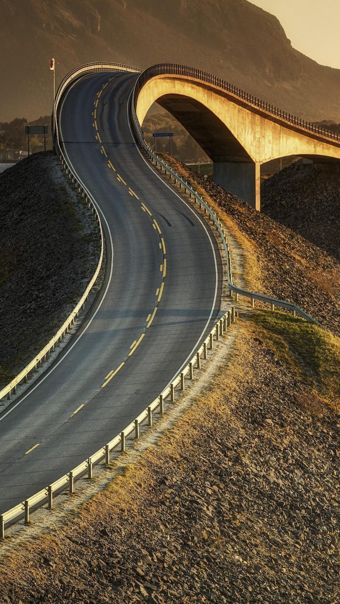 Storseisundet Bridge  Atlantic Road  Norway