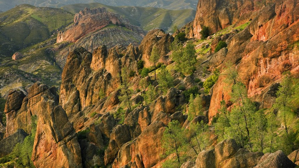 West slope of High Peaks, Pinnacles National Park, California, USA