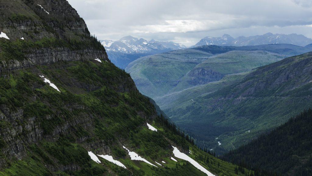 Extreme landscape of mountain range, Glacier National Park, Montana, USA