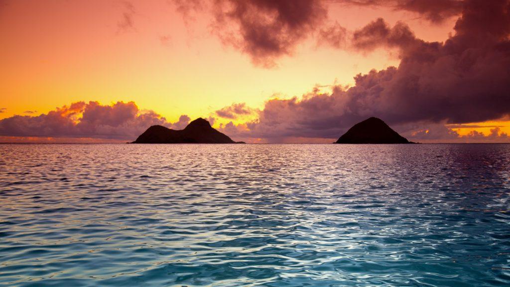 Na Mokulua Hawaii: Lanikai Beach With Nā Mokulua Islands In Kailua, Oahu