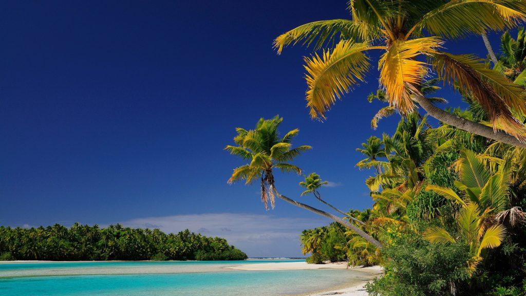 Beach on One Foot Island (Tapuaetai), Aitutaki Lagoon, Cook Islands