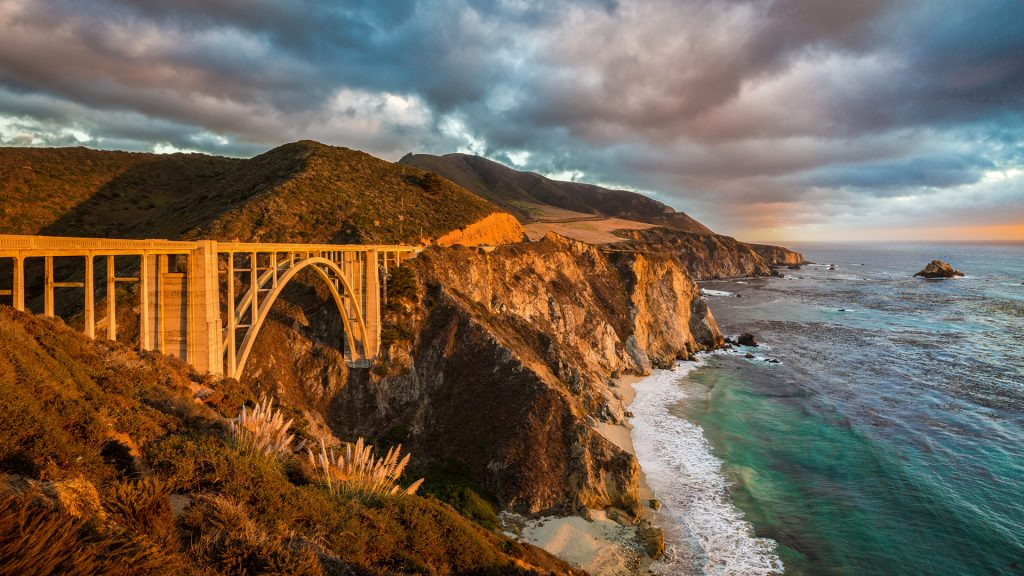 View of Bixby Creek Bridge along Highway 1, Monterey County, Big Sur, California, USA