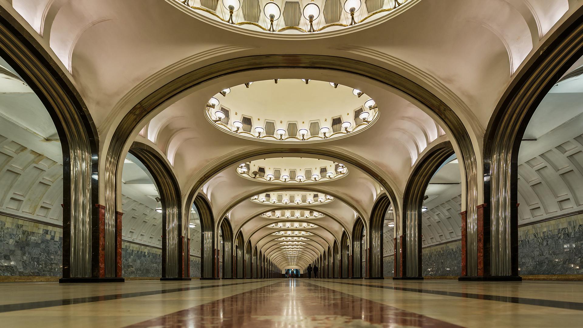 mayakovskaya moscow metro station belles id es de design de maison. Black Bedroom Furniture Sets. Home Design Ideas