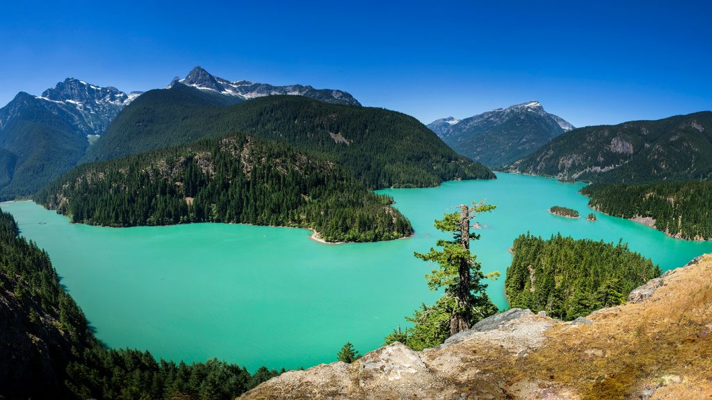Diablo Lake in North Cascades National Park, Washington, USA