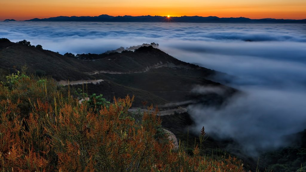Sunrise over Santa Clara Valley and Diablo Mountain Range view from Fremont Peak, California, USA