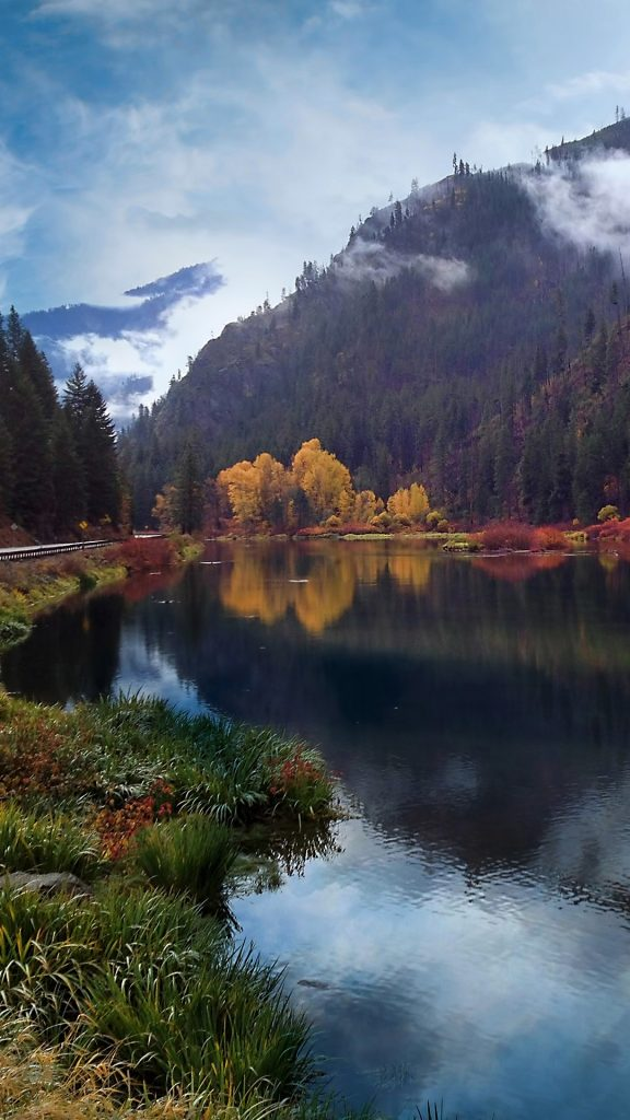 Autumn Colors On Highway 2 Stevens Pass Washington State
