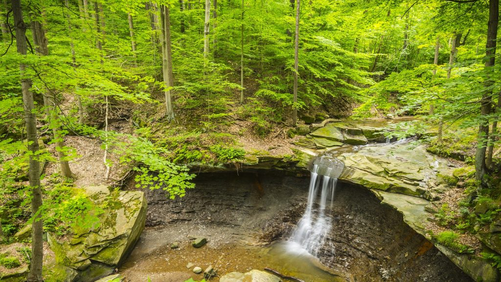 Blue Hen Falls in Cuyahoga Valley National Park, Ohio, USA