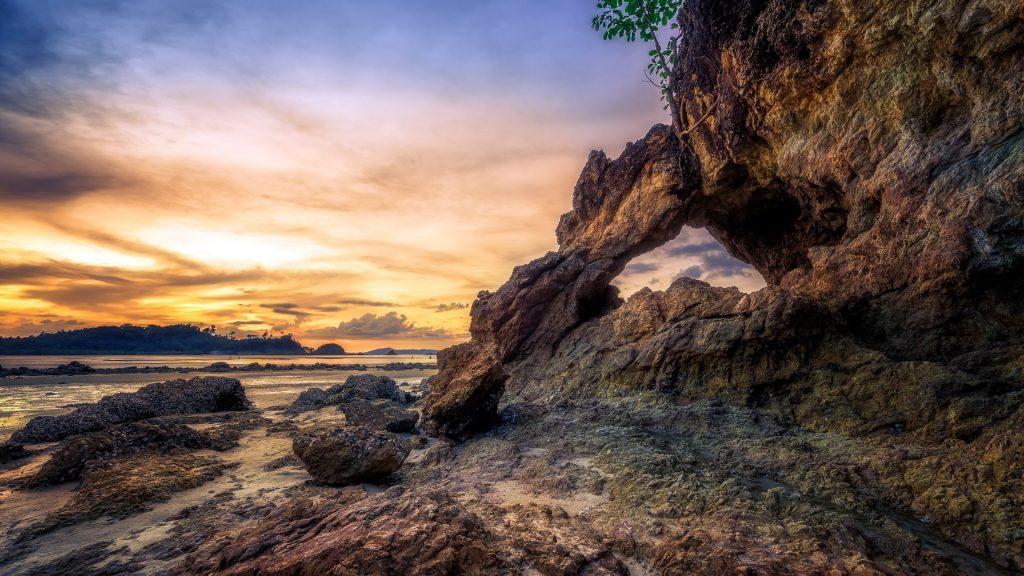Sunset at Kao Kwai Beach (Buffalo Beach) at Payam Island (Koh Payam), Ranong, Thailand