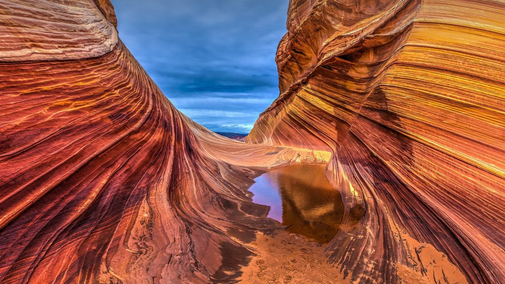 Gateway to the Wave, sandstone rock formation in Coyote Buttes, Arizona, USA