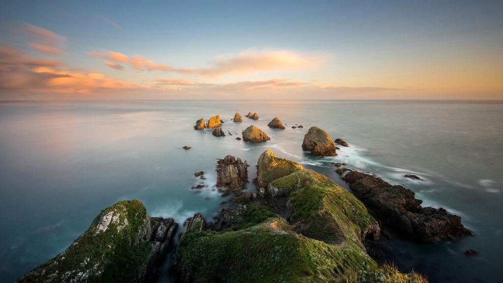 Sunset view of Nugget Point and The Nuggets, Catlins area, Otago region, New Zealand