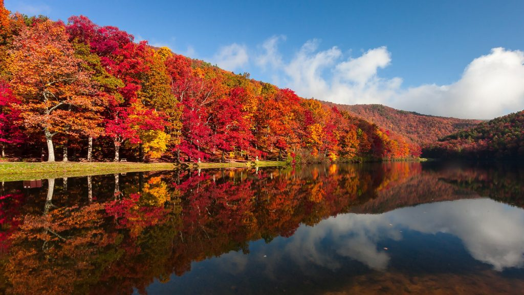 Autumn on Sherando Lake Recreation Area in the George Washington National Forest, Virginia, USA