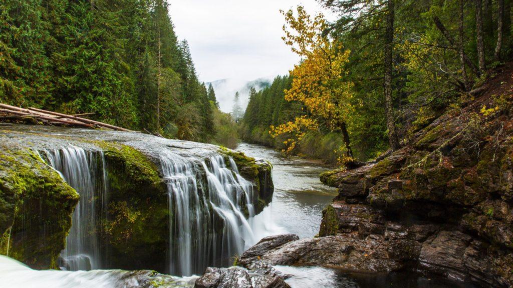 Waterfall near Mount Saint Helens, Lewis River, Washington, USA