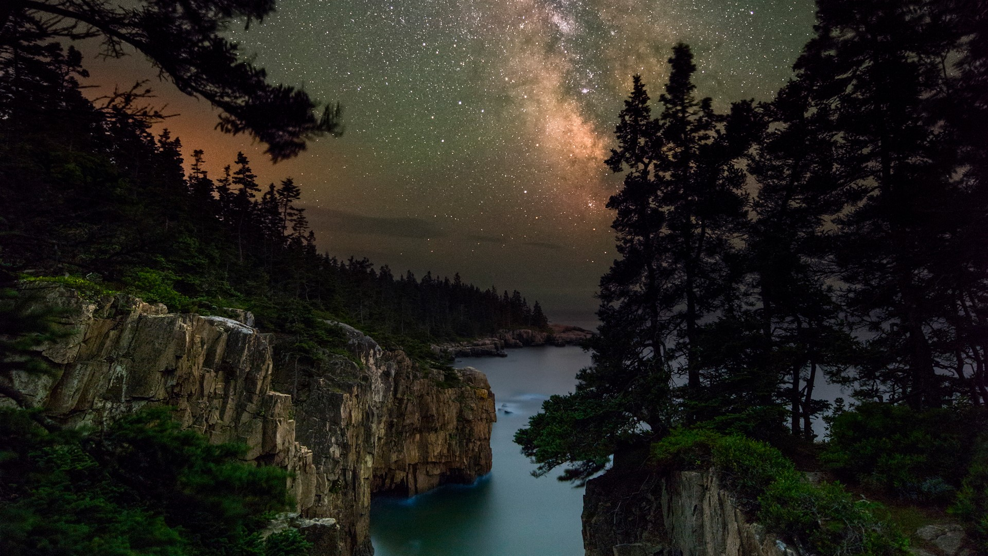 Milky Way over the Raven's Nest at Acadia National Park ...