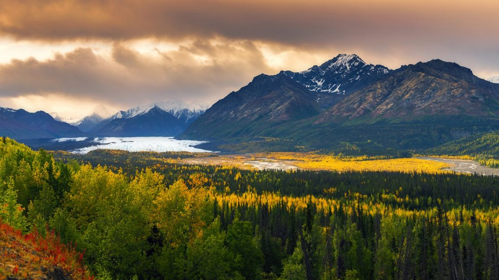 Matanuska Glaicer and valley view from Glenn Highway with fall foliage, Alaska, USA