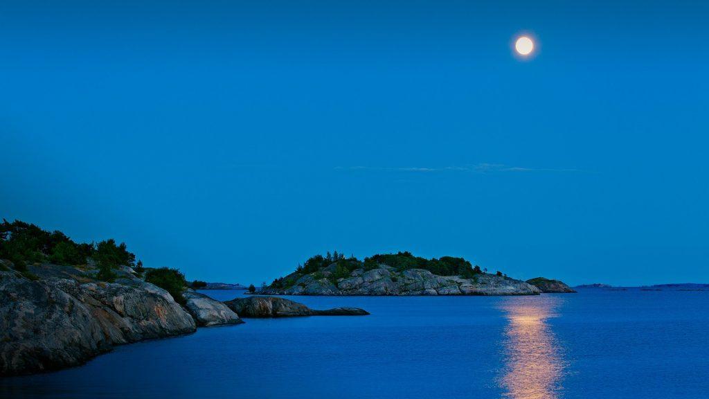 Full moon over Baltic Sea, Åland Islands, Berghamn, Eckerö, Finland