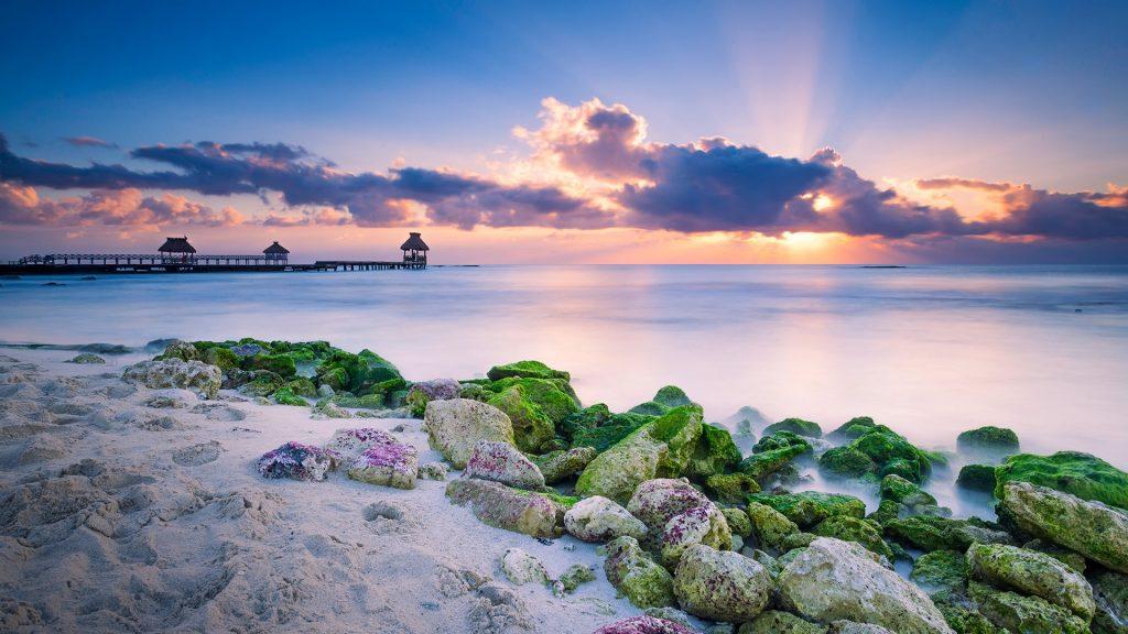 Sunrise magic over the Caribbean, Mayan Riviera, Cancun, Quintana Roo, Mexico