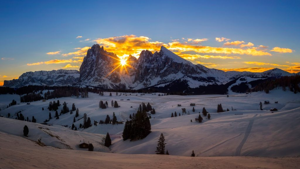 Winter Paradise - sunrise at Alpe di Siusi, Seiser Alm, Dolomites, South Tyrol, Italy