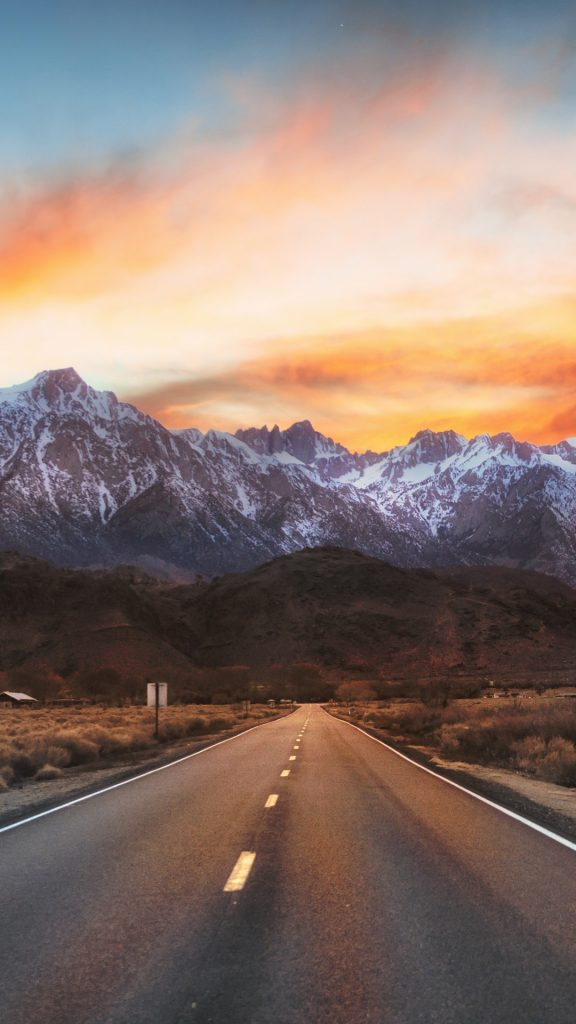 Highway 136 To Lone Pine Alabama Hills California Usa