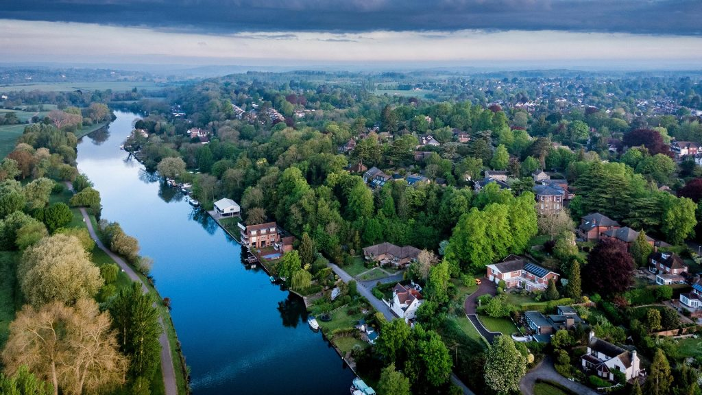 Aerial photograph of Reading showing Caversham, Berkshire, England, UK