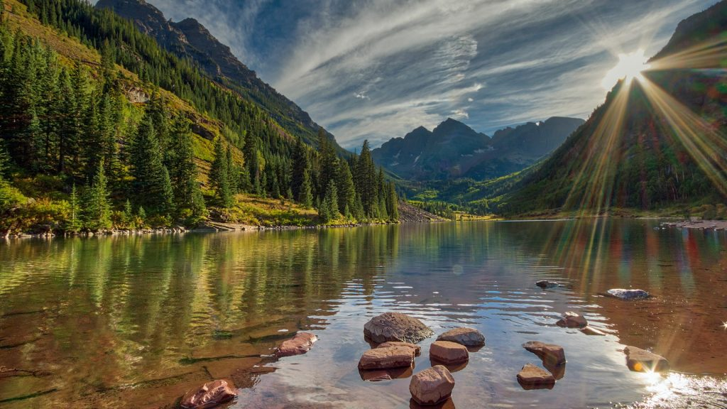 Sunset over Maroon Bells, Elk Mountains, Colorado, USA