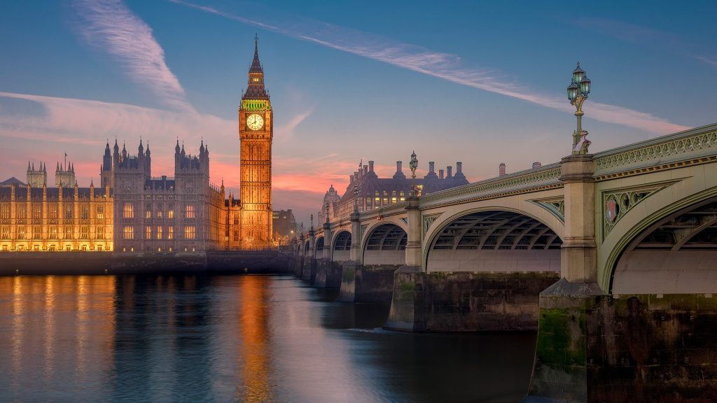 Big Ben and River Thames at sunset, Westminster Bridge and Palace, London, England, UK