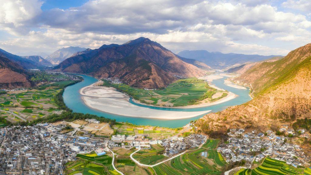 The First Bend of Yangtze River, Shiguzhen near Lijiang, Yunnan, China