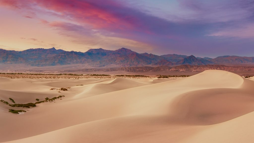 Sunset over Mesquite Dunes in Death Valley, Stovepipe Wells, California, USA