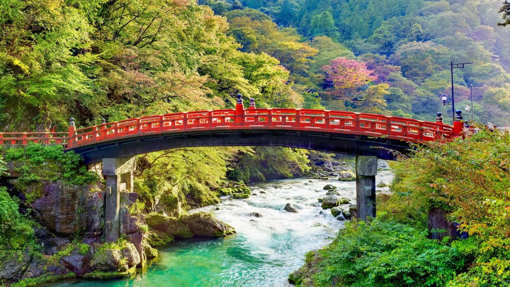 Sacred Shinkyo Bridge over the Daiwa River, Futarasan jinja Shinto shrine, Nikko, Japan